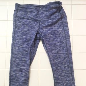 Athleta Capris workout pants